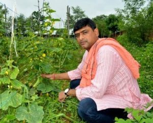 Rajeev Bittu – grows vegetables on leased barren land to convert into lush green farms